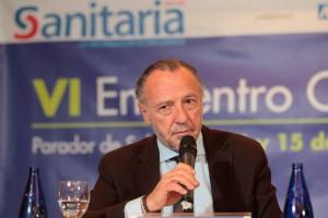 José María Pino, presidente de Sanitaria 2000, durante su intervención.
